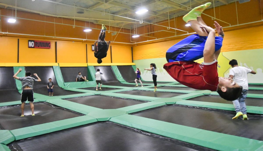 Photo trampoline park USA